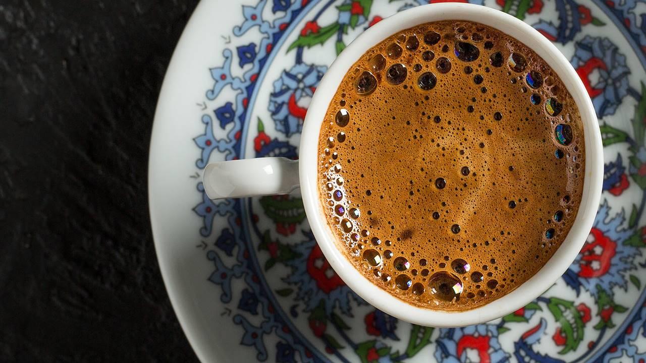 Bol Köpüklü Türk Kahvesi Yapımı detayları ve püf noktaları